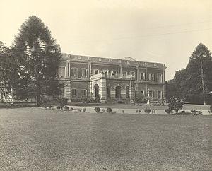 Nawab of Dhaka - Nawab's Dilkusha Garden, Dhaka (1904) by Fritz Kapp.