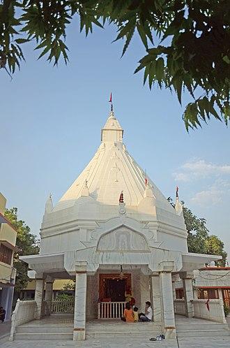 Neem Karoli Baba - Neem Karoli Baba, samadhi mandir, Vrindavan ashram.