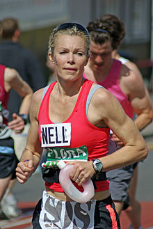 Nell McAndrew London Marathon 26.04.09 (90).jpg