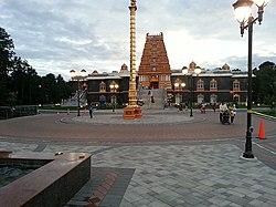 New Jersey Hindu temple 14827096727 b5c2f1c5f7 z.jpg
