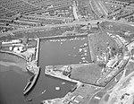 North Dock, Sunderland (19873625392).jpg