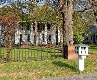 Calvert City, Kentucky - Oak Hill, built by Potilla Calvert.