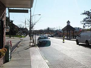 Oakmont, Pennsylvania - Allegheny River Boulevard in Oakmont, Pennsylvania