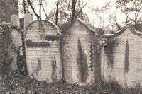 Old Jewish cemetery in Ústí nad Labem, 1910.jpg