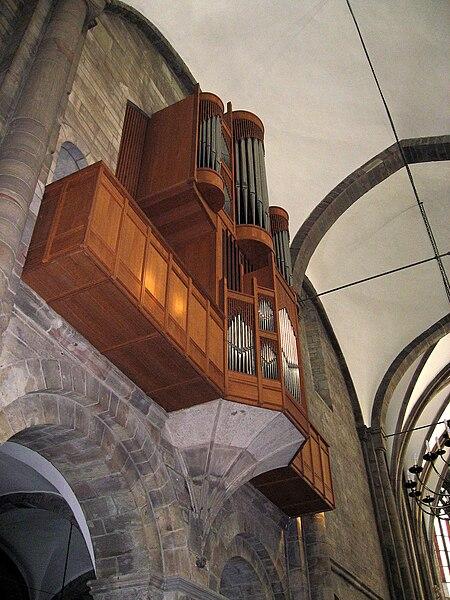 450px-Orgel-IMG_1365.JPG