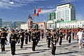 Orkiestra mongolskiej armii na placu Suche Batora w Ułan Bator 16.JPG