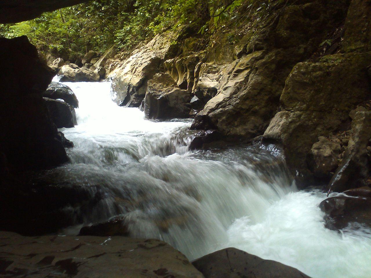 File Paso De Rio En Las Puertas De Miraflores Jpg