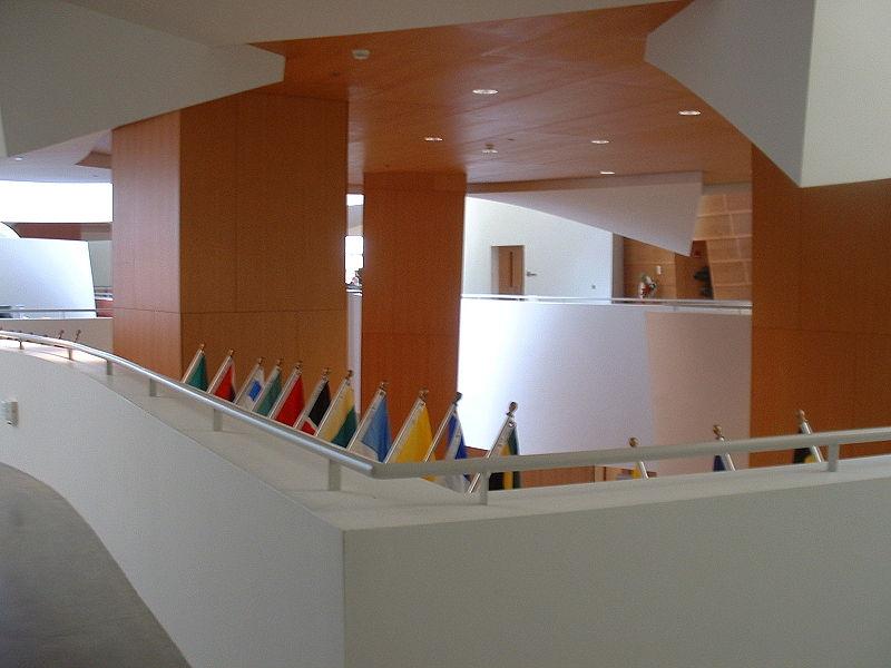 Najpoznatije svetske arhitekte 800px-PBLlobby