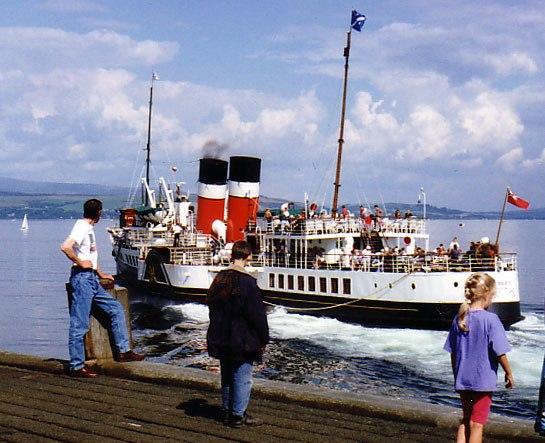 PS Waverley leaving Dunoon 1989