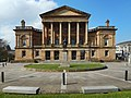 Paisley Town Hall (geograph 6160460).jpg