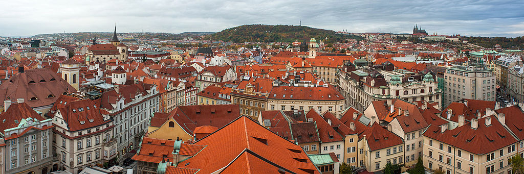 Quartier de Prague : Vue panoramique de Prague - Photo de Mstyslav Chernov