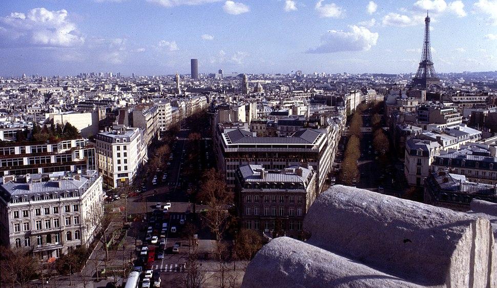 Paris-Vom Arc de Triomphe-080-Tour Eiffel-1991-gje