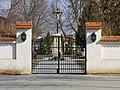 Pasohlávky, škola hřbitov (2).JPG