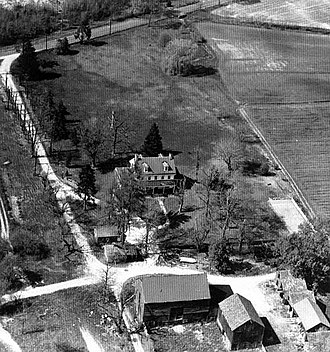 Paulsdale - Paulsdale, c. 1958, with Hooton Road in the background