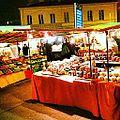 Petit marché du terroir... (7011662557).jpg