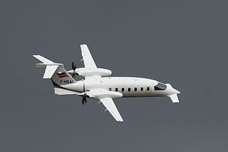 Stabilizer (aeronautics) - The three-surface configuration of the Piaggio P-180 Avanti