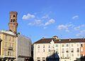 Piazza Cavour e monumento P1160044.JPG