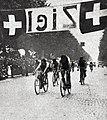 Pierino Bertolazzo (centre) champion du monde sur route amateurs, le 16 août 1929 à Zurich.jpg