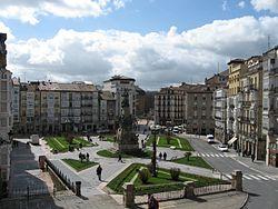Plaza de la Virgen Blanca.jpg
