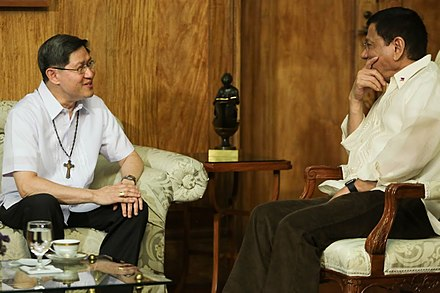 President Duterte talks with Manila Archbishop Luis Antonio Cardinal Tagle during a courtesy call at Malacanang Palace, July 19, 2016 President Rodrigo R. Duterte meets with Luis Antonio Cardinal Tagle.jpg