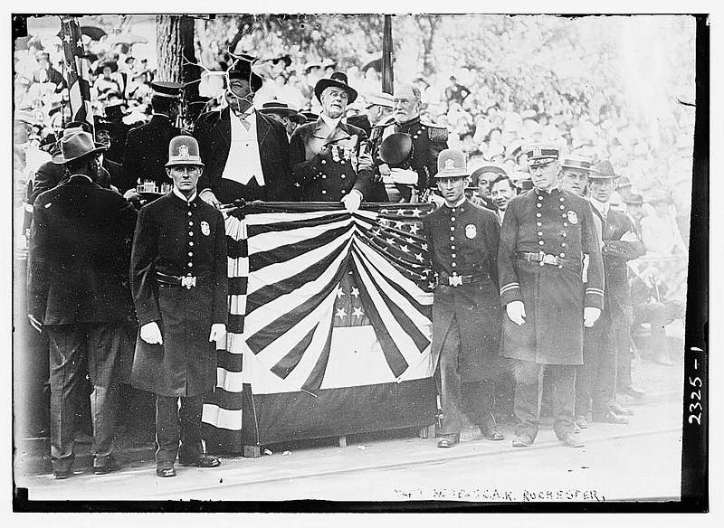 File:President William H Taft at Grand Army of the Republic Convention, Rochester, NY, 1911 (LOC).jpg