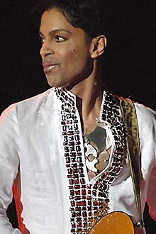 Prince at Coachella 001.jpg
