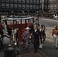 Prinses Margriet en Pieter van Vollenhoven bij de Ridderzaal op Prinsjesdag, Bestanddeelnr 254-9235.jpg