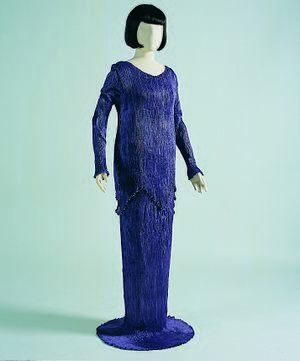 Delphos gown - Purple silk 'Peplos' with sleeves. PFF collection