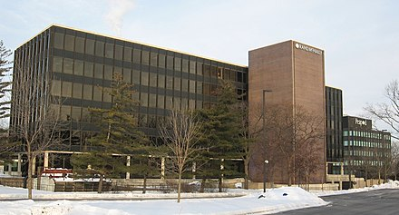 Rand McNally's former corporate headquarters in Skokie, Illinois Rand McNally new building.jpg
