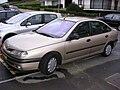 Renault Laguna lateral.jpg