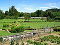Roberval (60), le château, ancienne basse-cour (aujourd'hui jardin potager).jpg