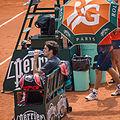 Roger Federer relaxing (1).jpg