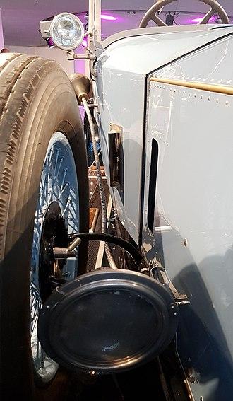 Vehicle horn - Horn of Rolls Royce Phantom I Open Tourer Windovers (1926)