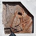 Romanische Reliefs am Portal erinnern an die Ursprünge der Stadtkirche St. Marien in Gengenbach. 02.jpg