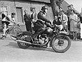 Ronde van Etten achter Molner Wim van Est, Bestanddeelnr 905-0543.jpg
