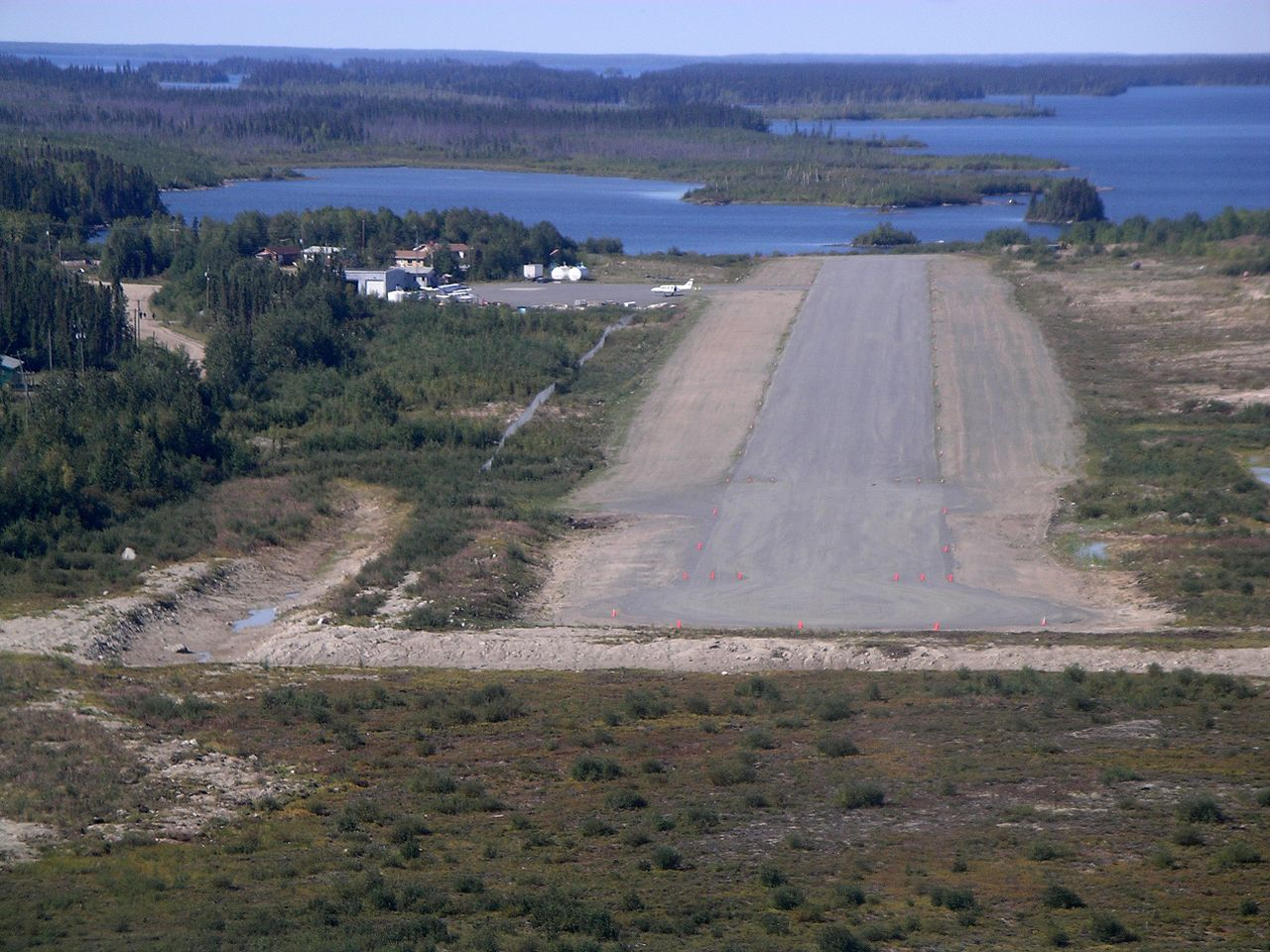 1280px-Runway_26_at_Red_Sucker_Lake.jpg