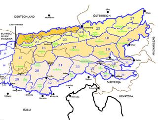 Die Bayerischen Alpen (Abschnitt 22, orange) nach SOIUSA innerhalb der Ostalpen; farblich unterschieden auch die Sektoren der nördlichen, zentralen und südlichen Ostalpen