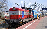 SU42 i Bmnopux - Opole Główne (2).JPG