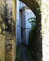 Saint-Amand-de-Coly église contreforts (1).JPG