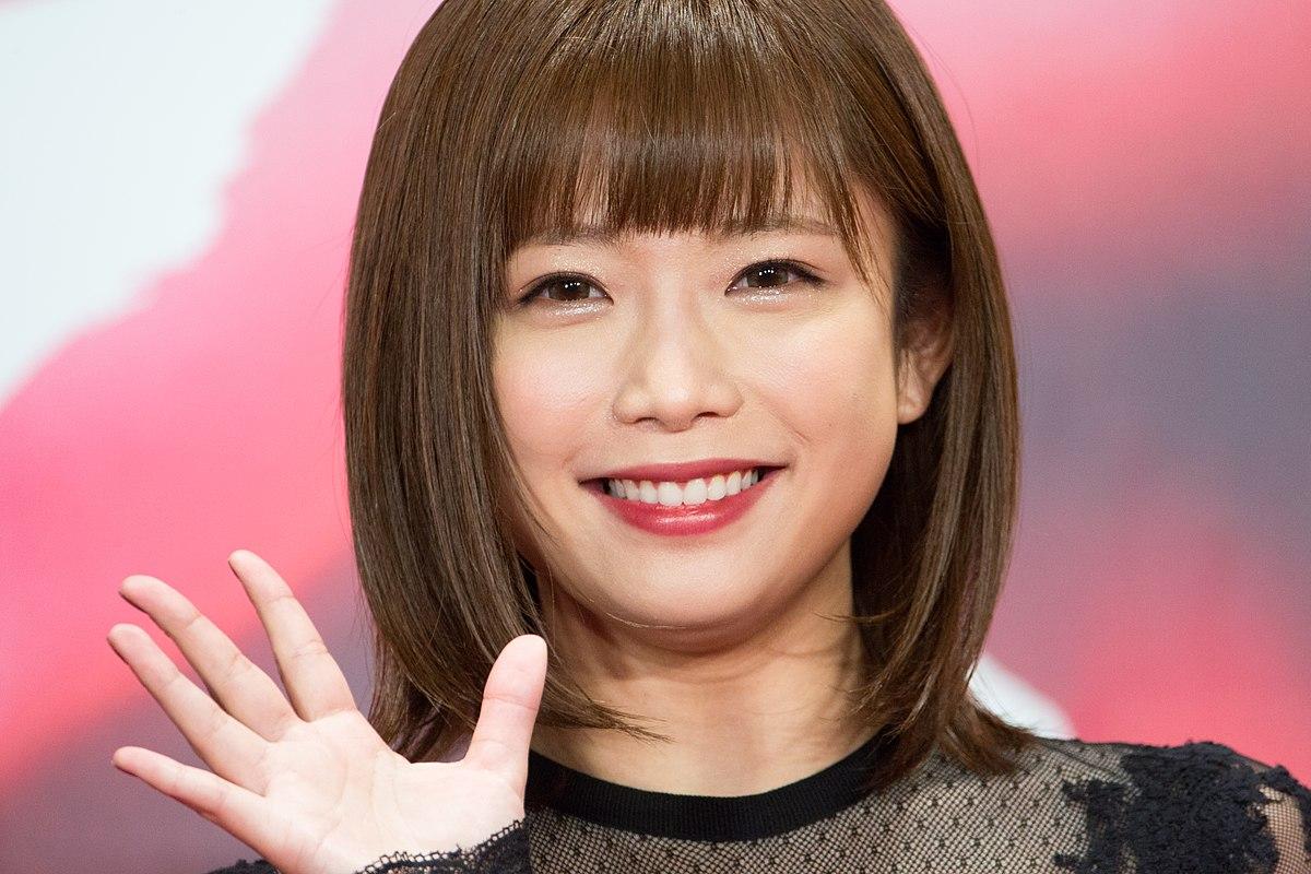 【ライブチャット】女王様風ドSキャラのエロギャル美人姉さん