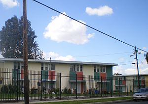 Pacoima, Los Angeles - Public housing in Pacoima: The San Fernando Gardens apartments, 2008