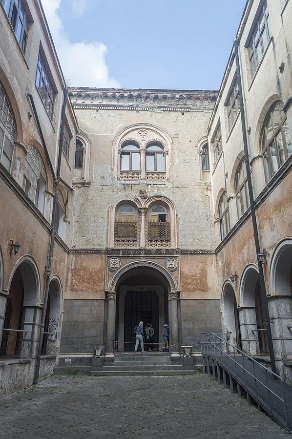 San Gennaro extra Moenia