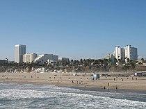 Santa Monica Beach seen from the pier.JPG