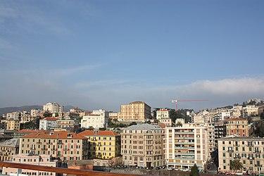 Savona from the port 2010.jpg