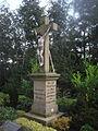 Schöning-Hochkreuz Friedhof.jpg