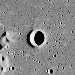 Scheele crater AS16-M-2990.jpg
