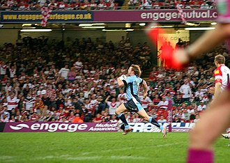 Sean Long - Long scoring a try against Wigan in 2008