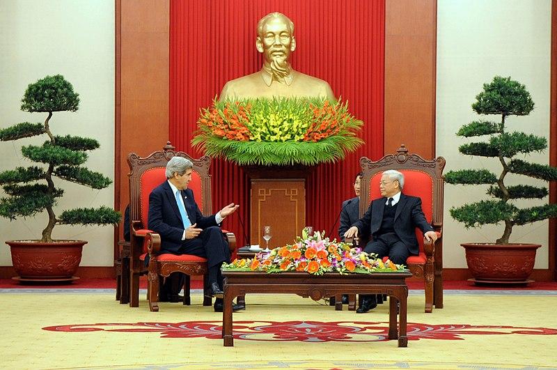 Secretary Kerry Addresses Vietnamese Communist Party Secretary General Trong (11403201556).jpg