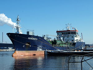 Seniority - IMO 9285196 - Callsign C6WG7 at Port of Amsterdam.JPG