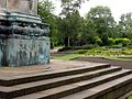 Side of Victoria statue, Hyde Park, Leeds (2009) - panoramio.jpg